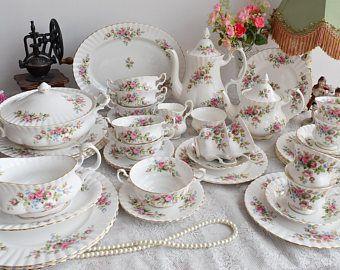 Dinner set vintage floral dinner set Royal Albert Moss Rose England dinner and tea set english porcelain bone china teacup set for six