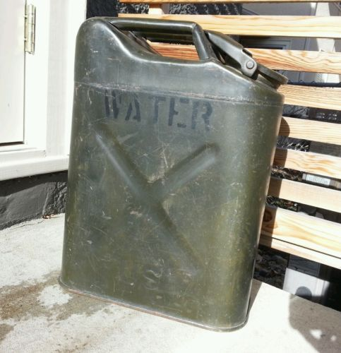 Vintage World War 2 Military Jerrycan Us Army Metal Water