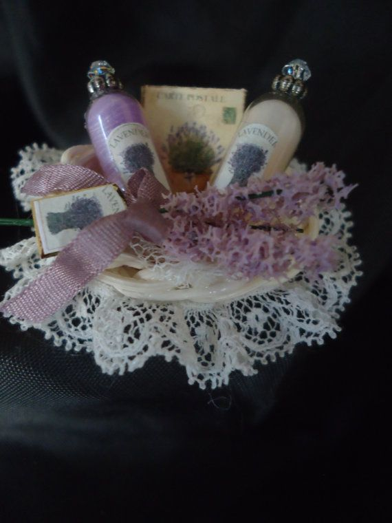 Gorgeous Lavender giftbasket 1/12th van LittleDayDreamStore op Etsy