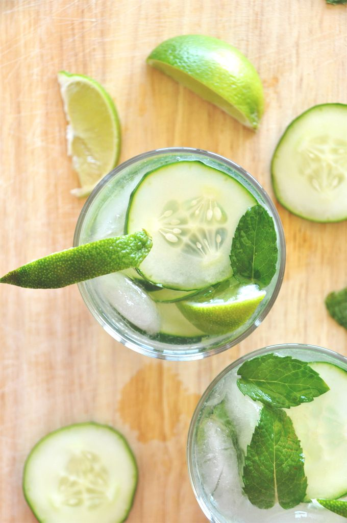 Cucumber Cooler Cocktailsngredients 1.5 oz gin (or 3 Tbsp) 4-6 cucumber slices 1/4 lime, sliced 4 oz tonic water 6 mint leaves 1 Tbsp sugar (optional) Instructions Add mint, lime, gin, sugar (if using) to shaker and muddle. Add cucumber slices to shaker and shake vigorously. Pour mixture over glass filled with ice and top with tonic water. Stir, let set for a few minutes for the flavors to enhance and enjoy.