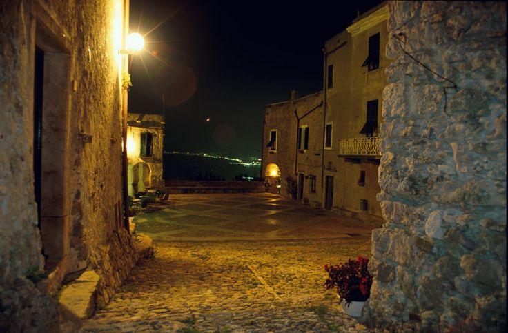 Verezzi, Piazza Sant'Agostino