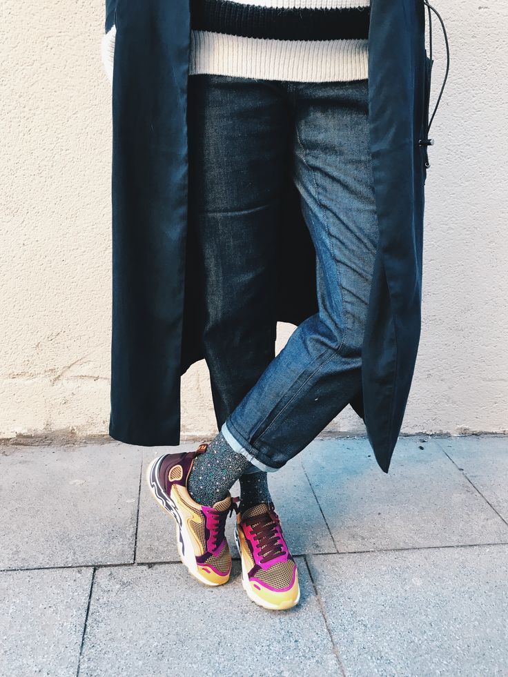 An alternative to Balenciaga sneakers? Sandro sneakers! With Uniqlo jeans and Dr denim coat <3 By Morgane #teampotoroze Streetstyle, casual outfit, winter outfit, winter look, how to dress in winter, estilo casual, idée de tenue, ideas de looks, tenues d'automne, tenues d'hiver, looks de invierno, fall winter trend 2017 2018, tendencias otoño invierno 2017 2018, tendance automne hiver 2017 2018