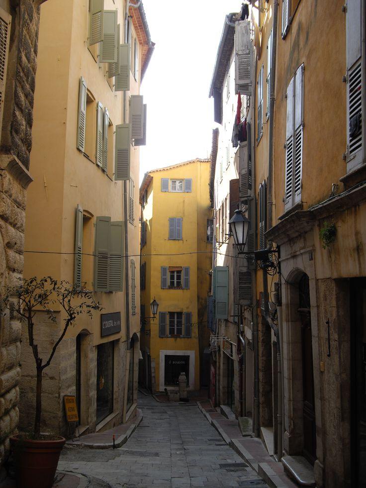 Grasse et ses rues... By Stefania Antonelli
