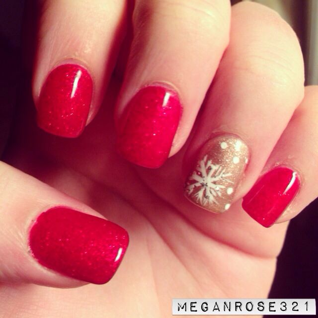Glittery dark red and gold no chip manicure with snowflake design! Perfect nails for Christmas and the holiday season :)