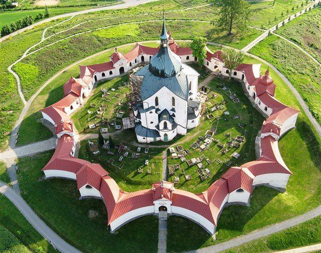 Kostel sv. Jana Nepomuckého na Zelené hoře ve Žďáru nad Sázavou UNESCO