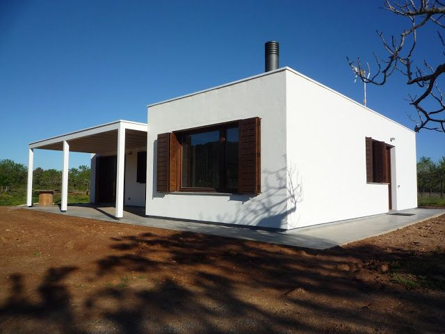 Casa prefabricada blochouse for the home pinterest for Casa prefabricadas ecologicas