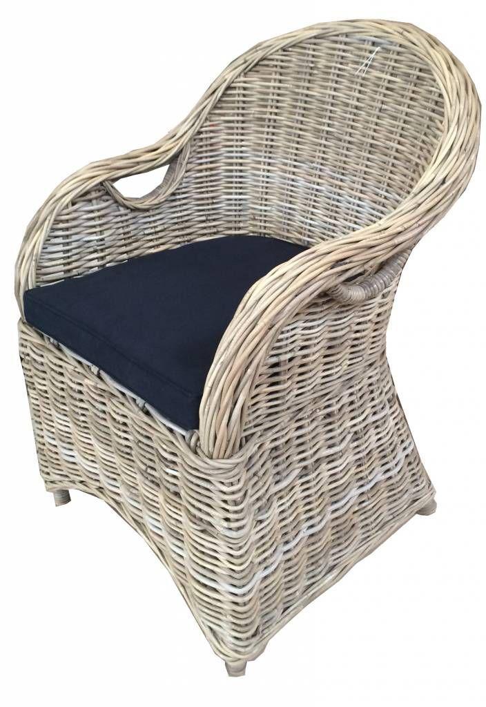 INTERIEURTIPS:Rieten en rotan stoelen en andere meubelen zijn weer helemaal terug in het interieur.