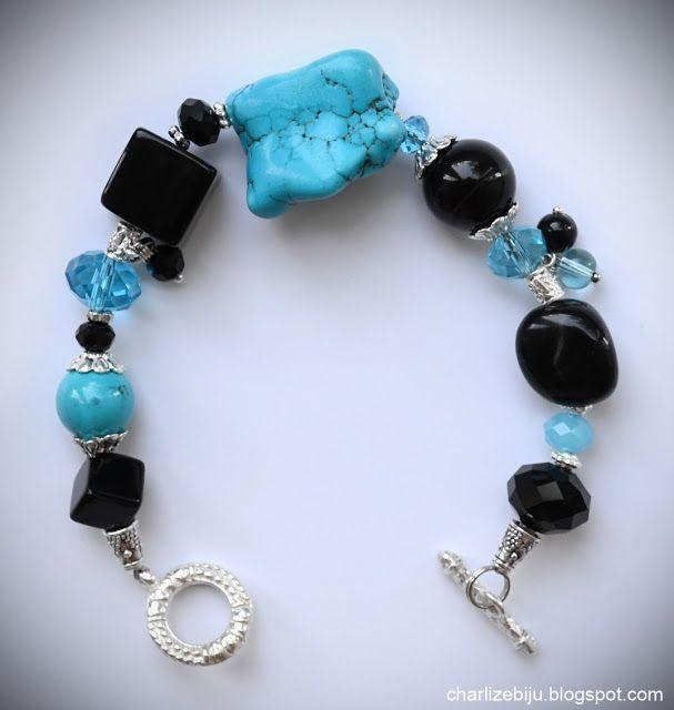 """Украшения из натуральных камней: браслеты Черное море"""" - яркий и стильный браслет из голубой бирюзы, черных агатов и хрусталя. Беспроигрышное сочетание цвета подчеркнет наряд в любом стиле,"""