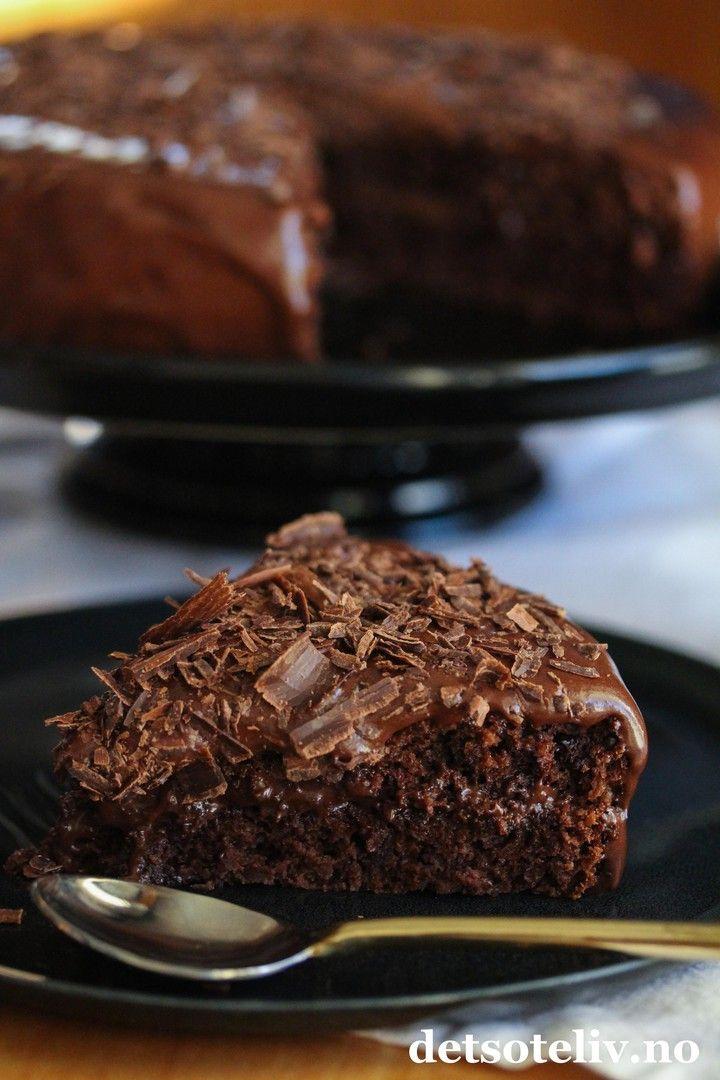 Fristende sjokoladekake med lett kremost   Det søte liv