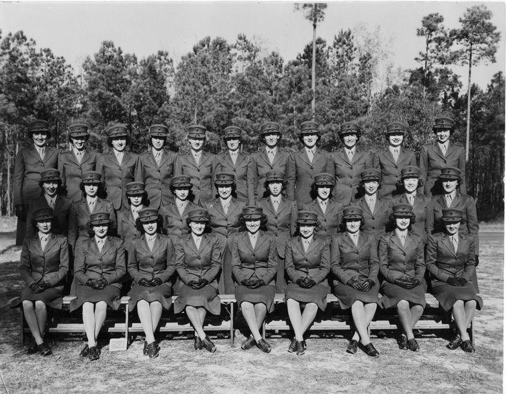Female Marines in 1943 ~