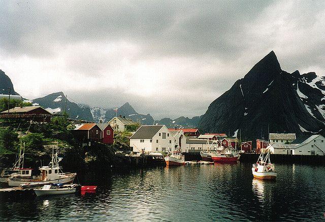 Norway, Hamnøy by Sam Kay.
