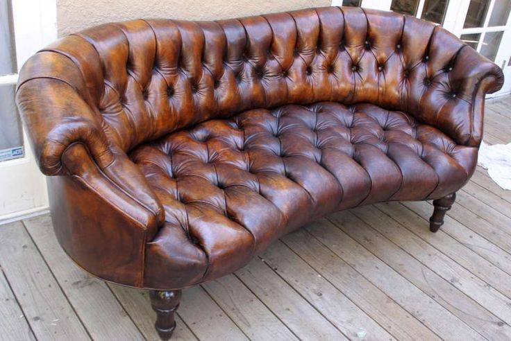 Jan 19, 2020 - View this item and discover similar settees for sale at 1stdibs - Leather tufted French petite sofa with curved lines and carved feet.
