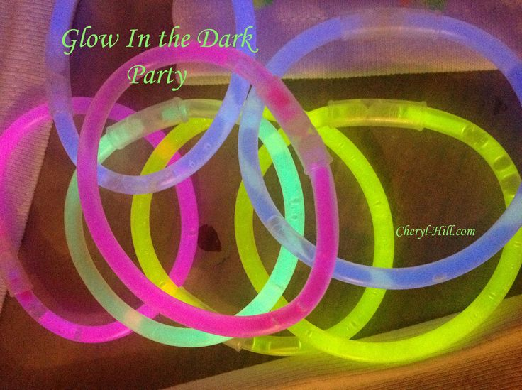 Glow In The Dark Party - Fun ideas for the kids!