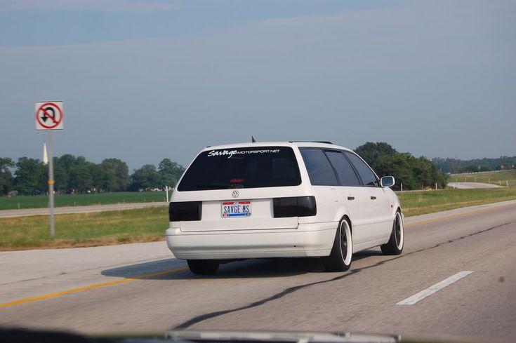 Slammed VW Passat Wagon   Passat 2003 Wagon Wallpaper - Fotos de coches - Zcoches