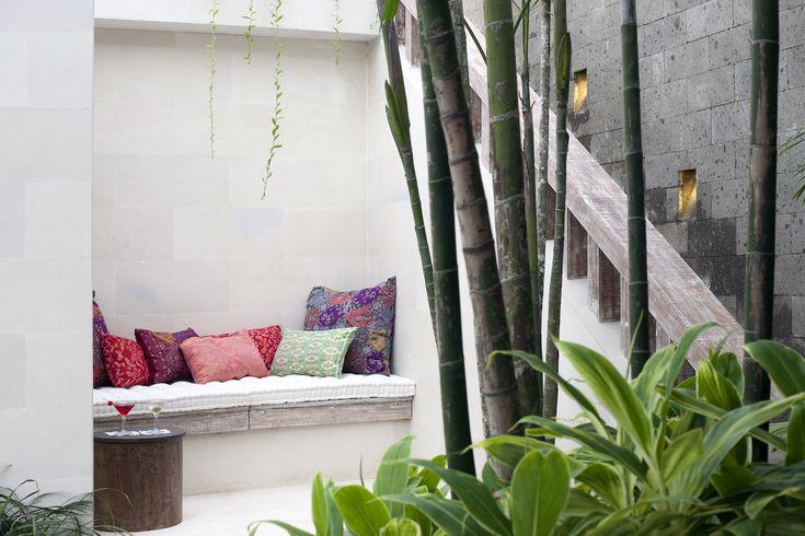 Outdoor alcove, Villa Adasa, Seminyak Bali http://www.prestigebalivillas.com/view/reservation/