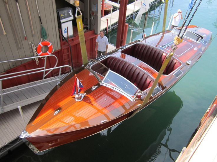 Mahogany and teak: poetry in motion on the water!