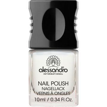 Alessandro 03 Milky Dream. Nagellak voor kunst- en natuurlijke nagels.