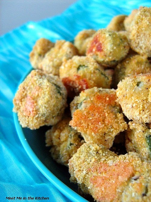 Oven Fried Okra omg!!!!! I cannot eat fried thank goodness there is baked <3