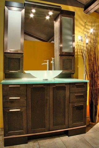 Salle de bain jaune 2.