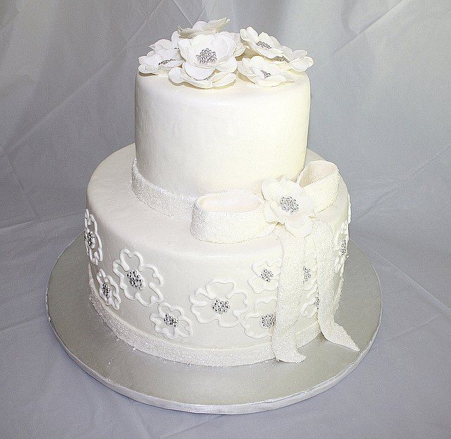 25th Wedding Anniversary Cake Ideas: 139 Best Images About Anniversary Cakes On Pinterest