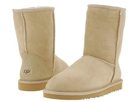 8 DIY Cleaning Tricks for Keeping Your UGG Boots Looking New #cleaning #DIY