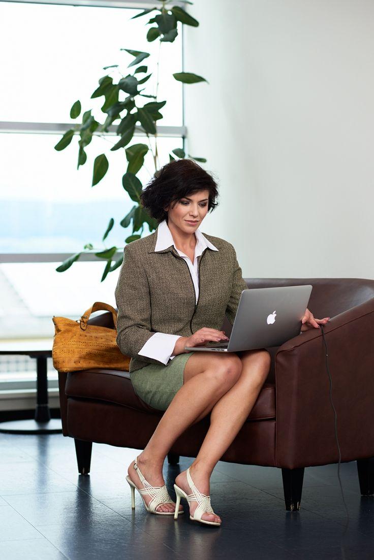Зрелые бизнес леди