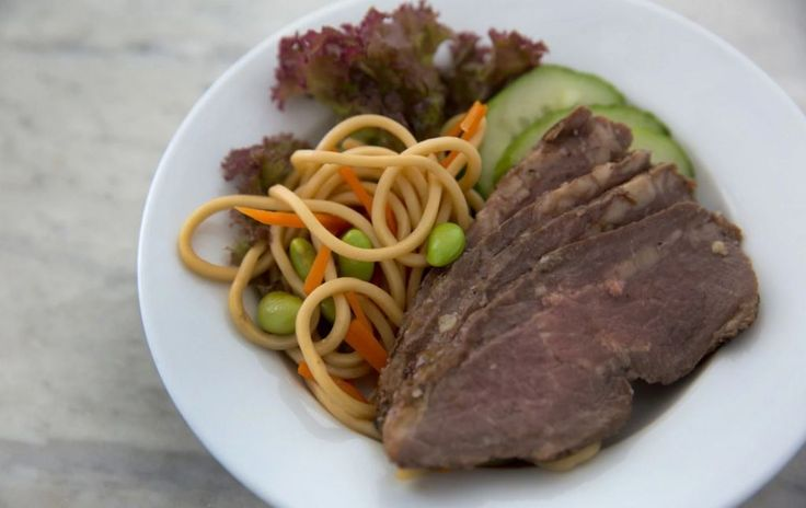 Steaks on a plane: Following your United Airlines meal from the kitchen to the clouds