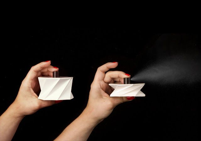 Collapsible Perfume Cartons - This Perfume Packaging Design Flattens When Fragrance is Sprayed (GALLERY)