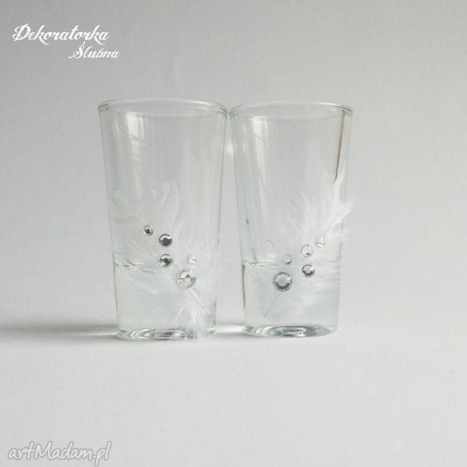 Kieliszki wódki piórkami weselne ślubne piórka kryształki zestaw dwóch pięknie zdobionych