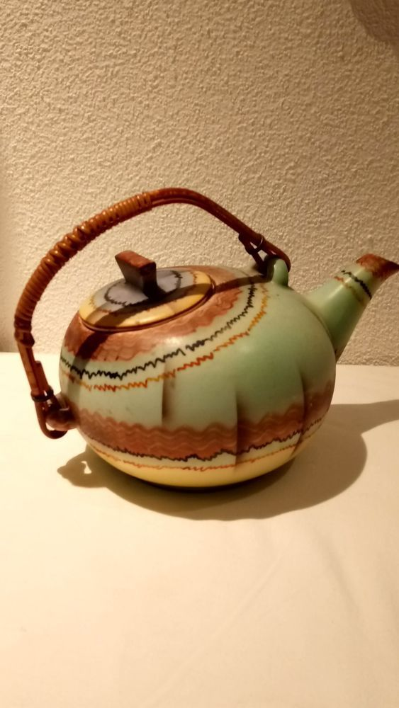 Art Deco Keramik BIHL Czechoslovakia Teekanne im Bauhaus Design - Spritzdekor