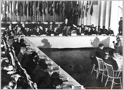 """في يوليو عام 1944 م أجتمع ممثلو 44 دولة في المؤتمر المالي للامم المتحدة الذي عقد في ولاية """" ن..."""