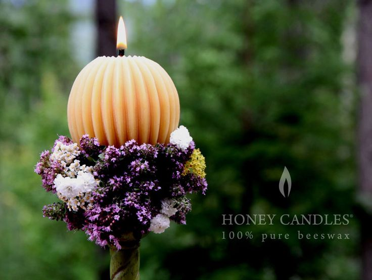 Beeswax Honey Candles® Fluted Sphere - Natural