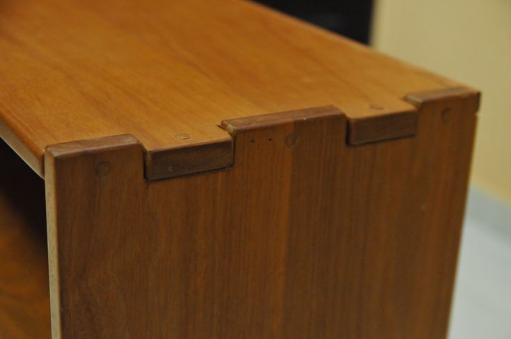 proud finger joint | Greene and Greene Quality Furniture