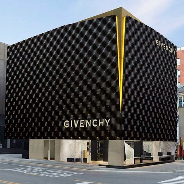 The famous fashion brand Givenchy is opening its new store in Seoul, Korea and two others in China.
