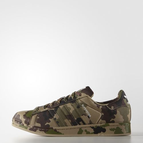 The Best Men's Shoes And Footwear : Tênis Superstar Camo - Hemp adidas