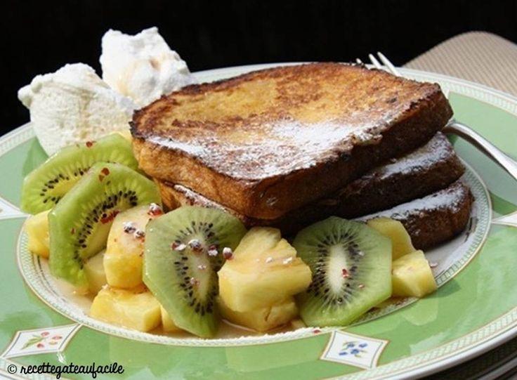 Miamiamiamiam, du pain perdu au kiwi :) => http://ow.ly/rUwY30andXe