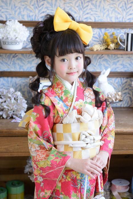 Japanese kimono girl. So cute!