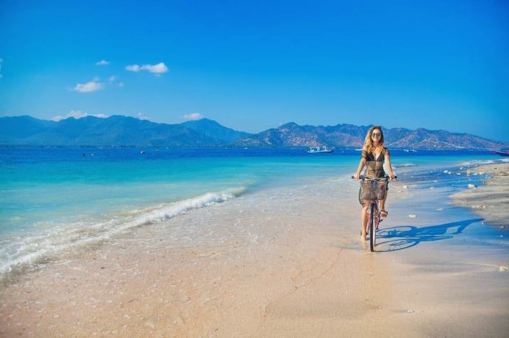 Located off the coast of Lombok, Gili Air is a collection of Islands known together as the Gili Islands. It is close to Lombok that has a reputation as the most relaxed of the Gilis and it is a Mecca of outdoor activities like Scuba diving, snorkelling and freediving. Rich underwater life always draws attention of honeymooners.
