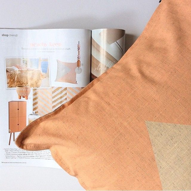 M A G A Z I N E // Our wave the flag cushion from @cushionopoly made it into the March Home Beautiful magazine // photo cred @jasperandeve // shop www.tleafcollections.com.au #homewares #linen #wavetheflag #handmade #handmadeinmelbourne #melbourne #cushions #tleafcollections
