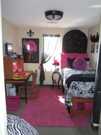 Dorm Room Ideas For Girls College Pink