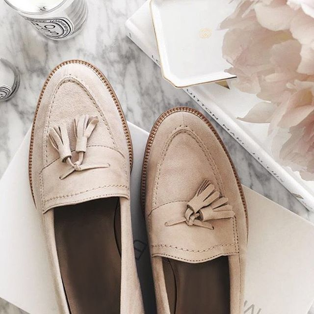 New collection is coming soon 💓 #newcollection #flatshoes #inspiration #vices