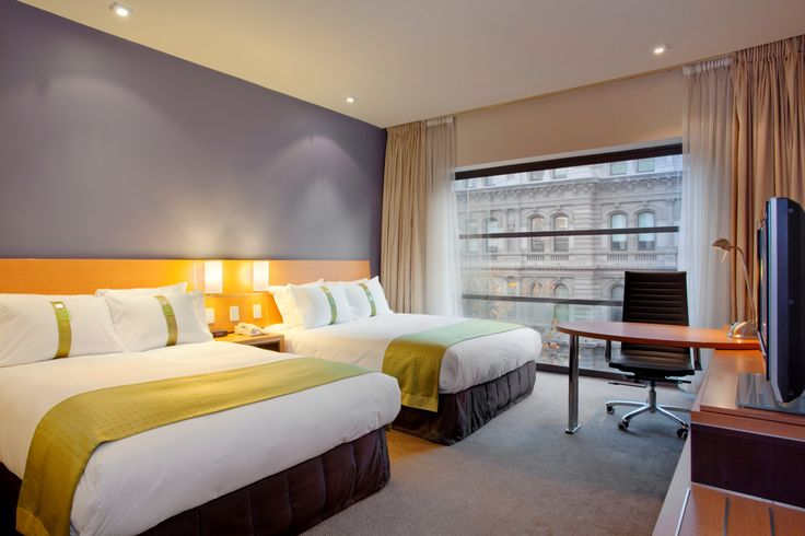 Holiday Inn Melbourne on Flinders is a perfect hotel for a family of 4 - and children aged under 19 can stay for free with their parents? And that includes roll-aways. Perfect. #familytravel #Melbourne #familyfriendlyhotel #holidayswithkids
