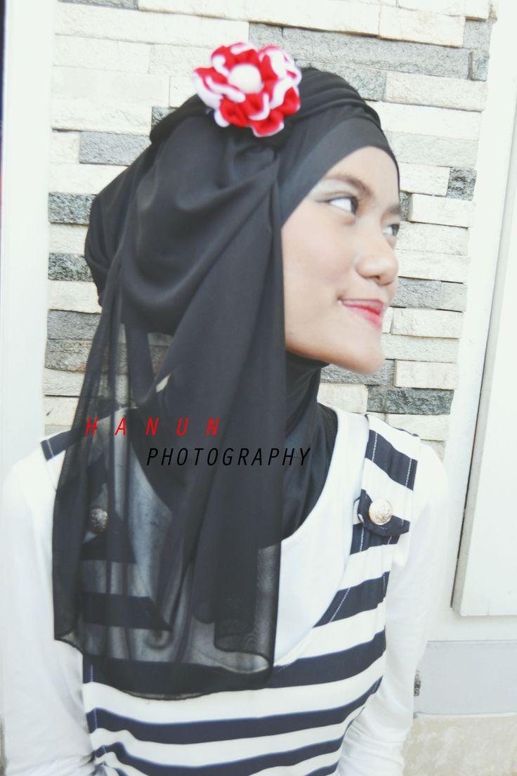 hijab photography by umaimah lathifah hanun. model : gusti nita amalia