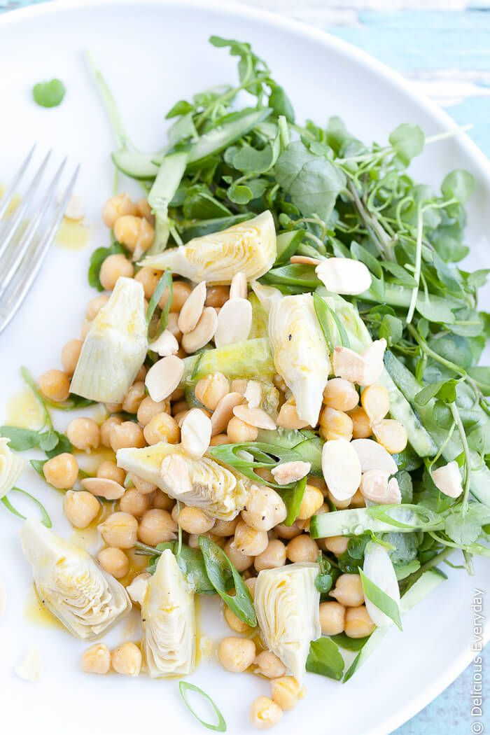 This easy to throw together vegan Artichoke Salad is a wonderful fresh ...