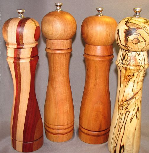 Turned Wood Peppermill #woodworking #lathe #kitchen