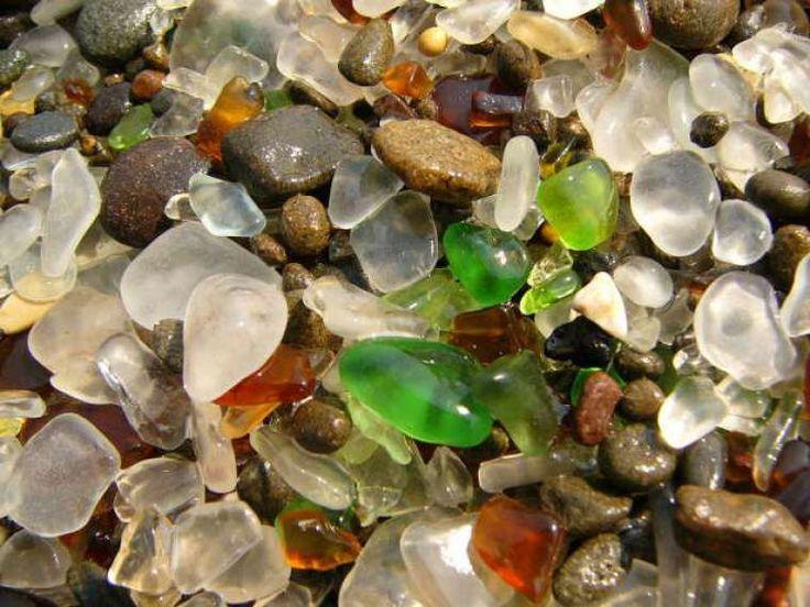 Η γυάλινη παραλία δημιούργημα της φύσης