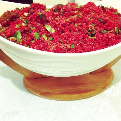 pratik yemek tarifleri-fd       MALZEMELER:  2 sb ince bulgur( kısırlık bulgur )  1 sb pancar turşusu suyu  2 sb pancar suyu (1 adet panca...