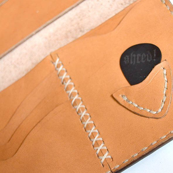 pick slot on leather wallet by @jollyrogerx