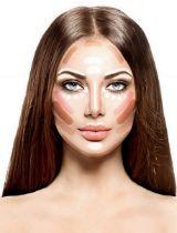 Make-up is voor een heleboel meiden maar een lastig onderwerp. Nieuwe lipsticks, wenkbrauwpotloden en mascara'svliegen je om de oren.De contourtrend is dan ook iets waar wijeen heleboel vragen over krijgen. Hoe zorg je er nu voor dat je uiteindelijk niet gewoon een oranje streep op je wang krijgt? In dit artikel leggen we alle trucjes achter het contouren uit!
