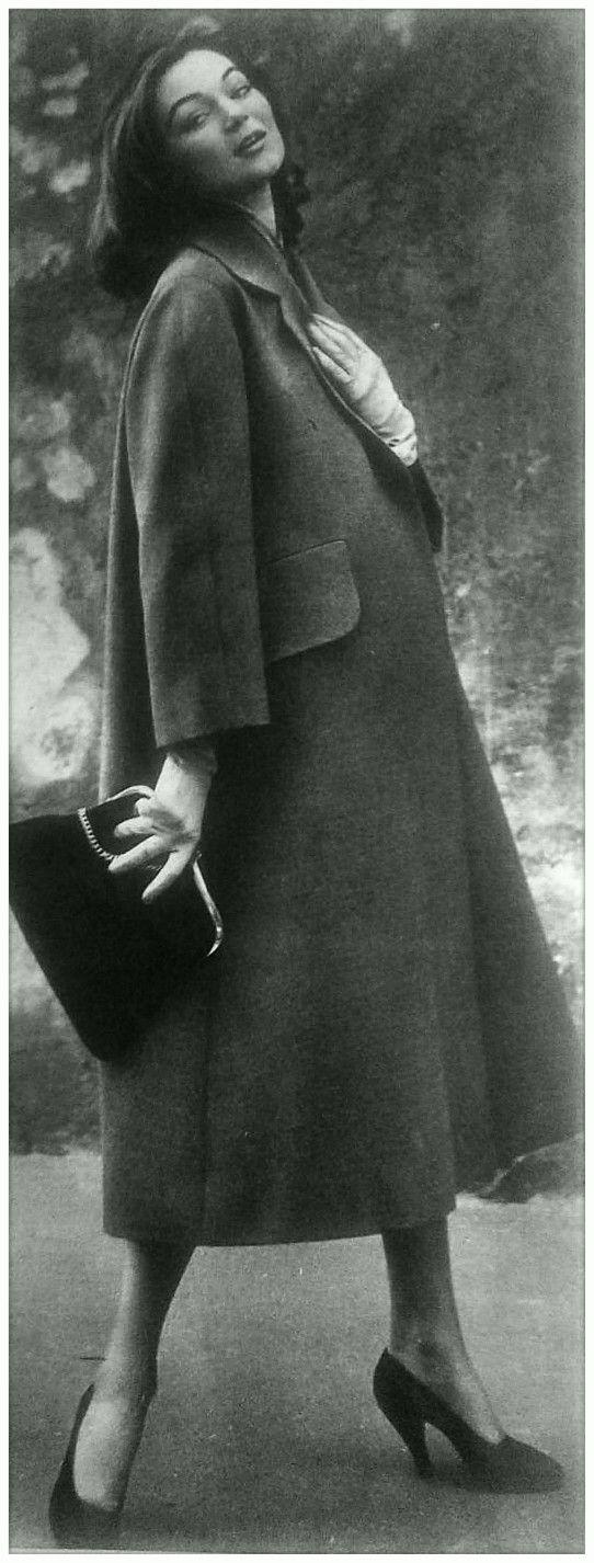 Ferdinandi Haute Couture - model: Ivy Nicholson - 1953